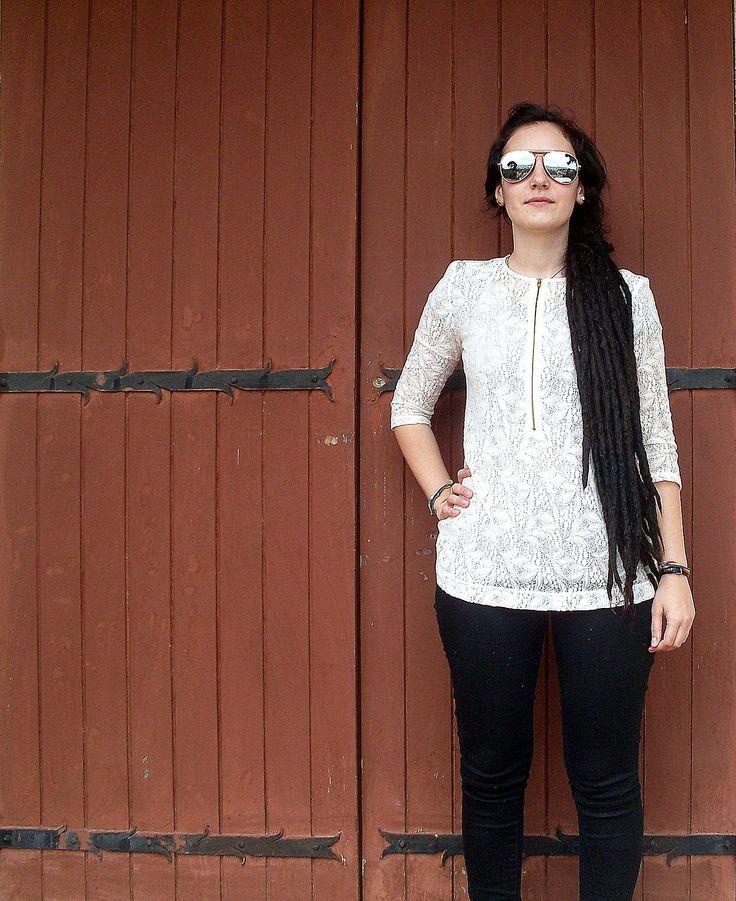 fashon :))  www.veronicafleur.tumblr.com