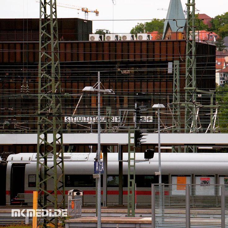 Markus Medinger Picture of the Day | Bild des Tages 13.07.2016 | www.mkmedi.de #mkmedi  #365picture #365DailyPicture #pictureoftheday #bilddestages #building  #instagood #photography #photo #art #photographer #exposure #composition #capture #moment  #diebahn #train #bahnhof #hauptbahnhof #mainstation #buildings #urban #city  #stuttgart #badenwuerttemberg #germany #deutschland  @deinstuttgart @badenwuerttemberg @visitbawu @srs_germany @srs_buildings @geheimtippstuttgart @stuttgart.places…