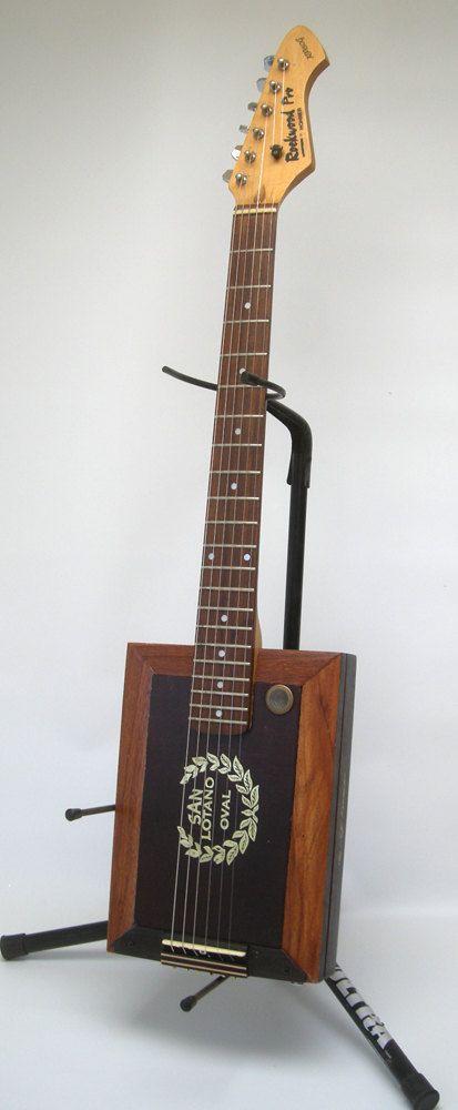 Rockwood Oval Cigar Box Guitar Acoustic/ от RainyDayInstruments