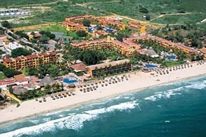 Royal Decameron Complex - Puerto Vallarta, Mexico (2000 vacation)  WE LOVE THIS PLACE!!
