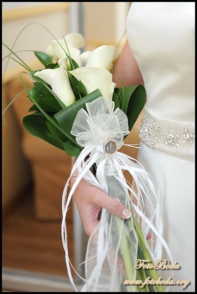 32 best images about Rams on Pinterest | Calla lily wedding bouquet, Calla lily bouquet and Costura