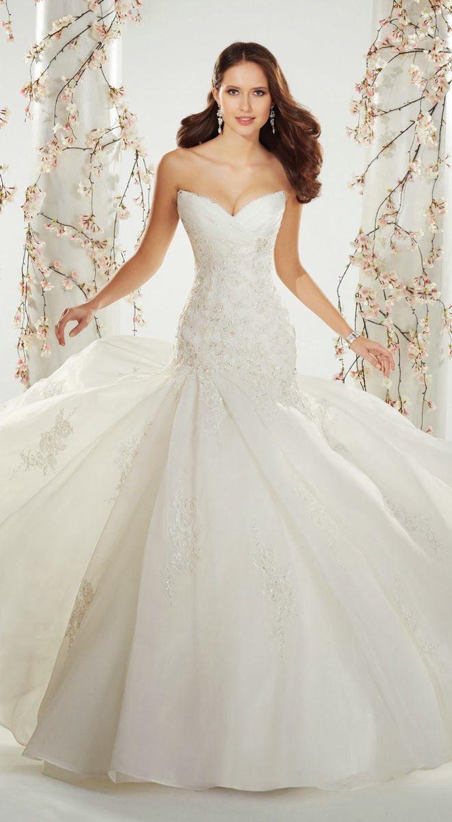 254 besten >>Wedding Dresses<< Bilder auf Pinterest ...