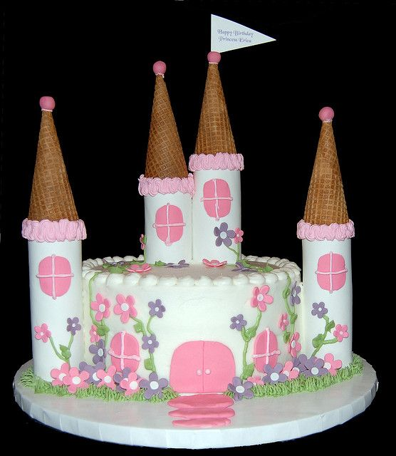 small princess castle cake by Simply Sweets, via Flickr