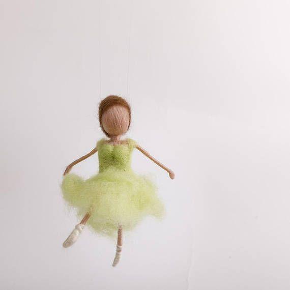 Ballerina Tanz in den Frühling Nadelgefilzt Waldorf