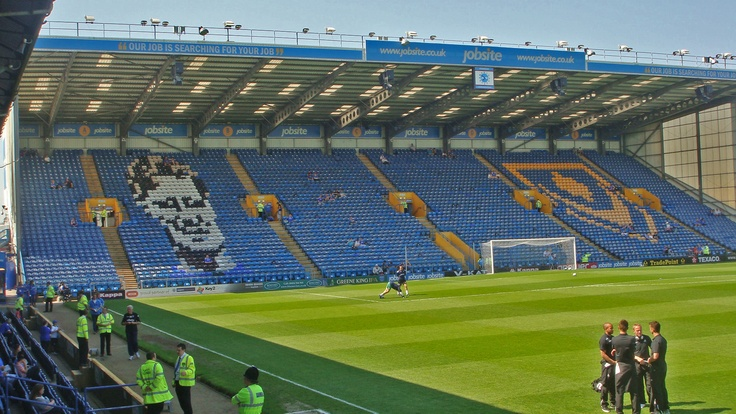 Portsmouth FC,   Fratton Park,   23/04/2011