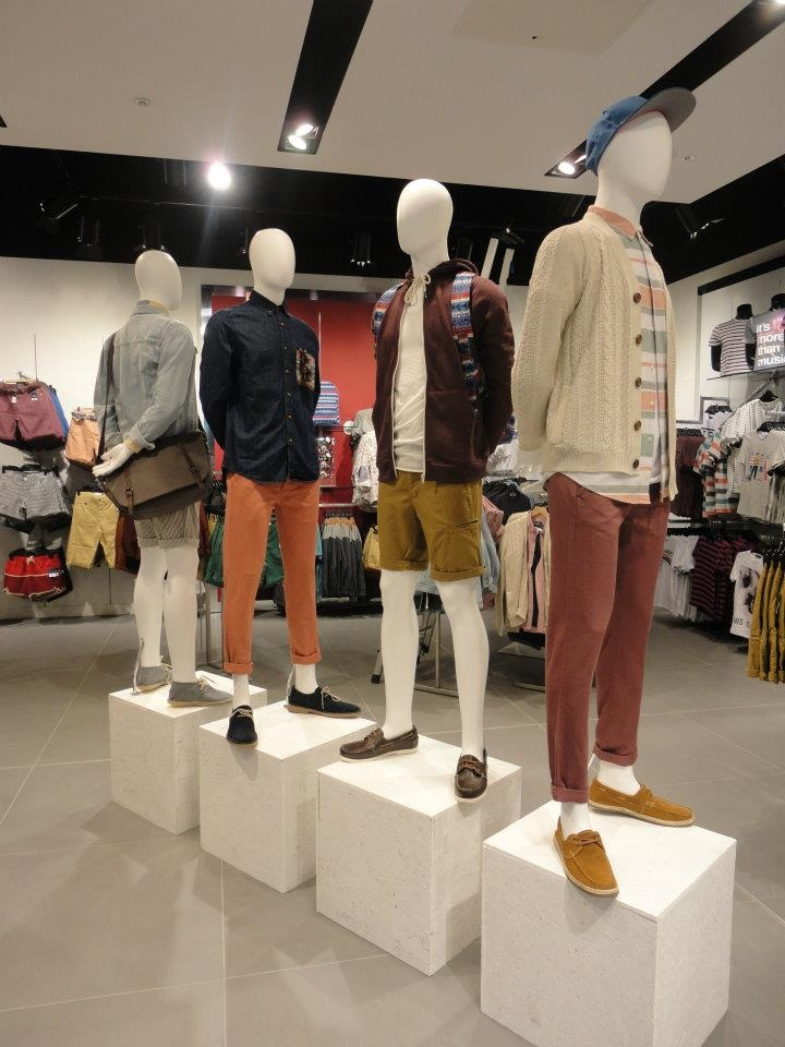 The First Fagship Store Of Topshop Topman Already Has A Date Set To Open In Sao Paulo Days In Jk Shopping Iguatemi Which Also Opens The Doors On This Date