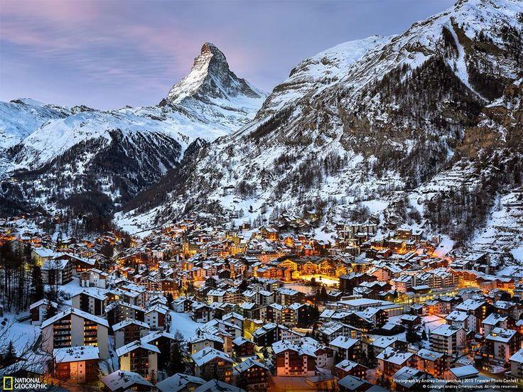 Zermatt e Matterhorn nel mattino Zermatt, Valais, Svizzera Fotografia di Andrey Omelyanchuk