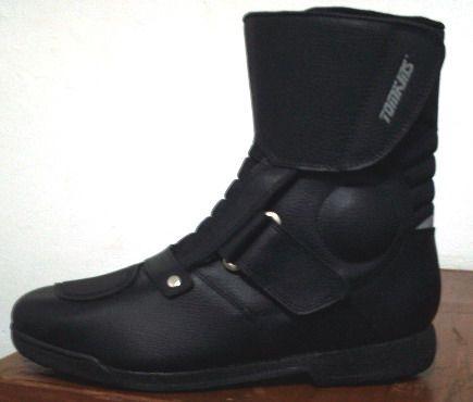 Daftar Harga Sepatu Tomkins Touring Original Terbaru