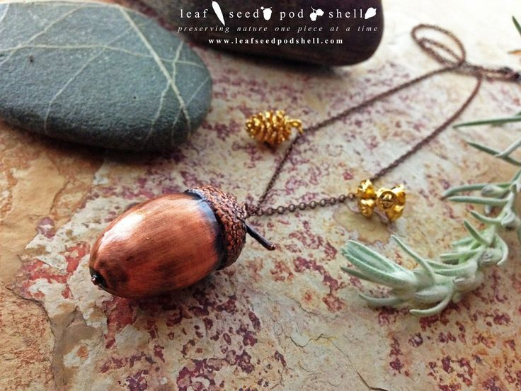This antique copper acorn has just been added to our store.  It come complete with two gold companions, a tiny pine cone and a tiny gum nut cluster.  Store link in bio. #leafseedpodshell #crystal #crystals #electroform #electroforming #electroformed #jewelry #jewellery