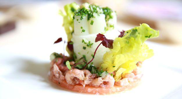 Navenant - Tartaar van Schotse zalm met Noordzee garnalen en asperge vinaigrette