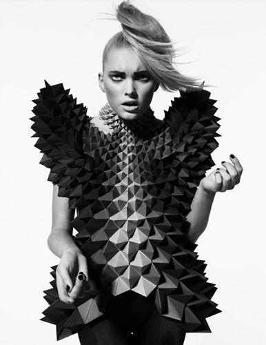 Avant Garde. #geometric #design #fashion @Courtney LaLa + form