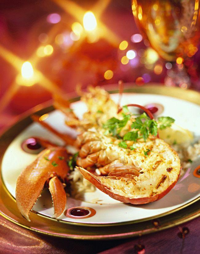 Découvrez une recette de homard raffinée pour Noël.