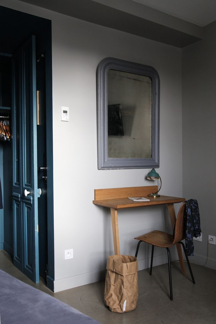 my scandinavian home: My stay at the beautiful Hotel Henriette, Paris - the perfect vintage desk for small spaces.Photo - Niki Brantmark.