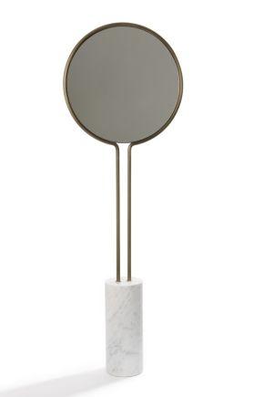 Totem mirror