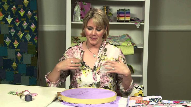 Great video tutorial on large stitch hand quilting! Hand Quilting With Perle Cotton with Sarah Fielke, Quilting Instructor for Craftsy.com