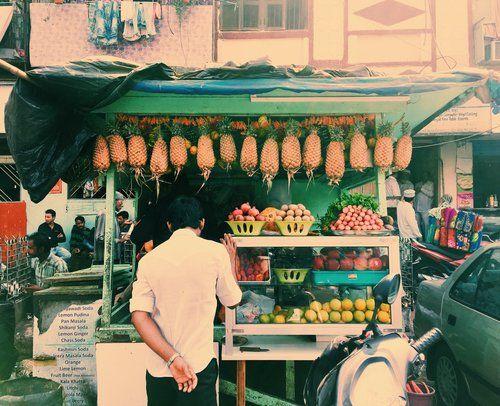 mumbai-india-chor-bazaar photography by chantelle coutinho for lightroomdarkroom