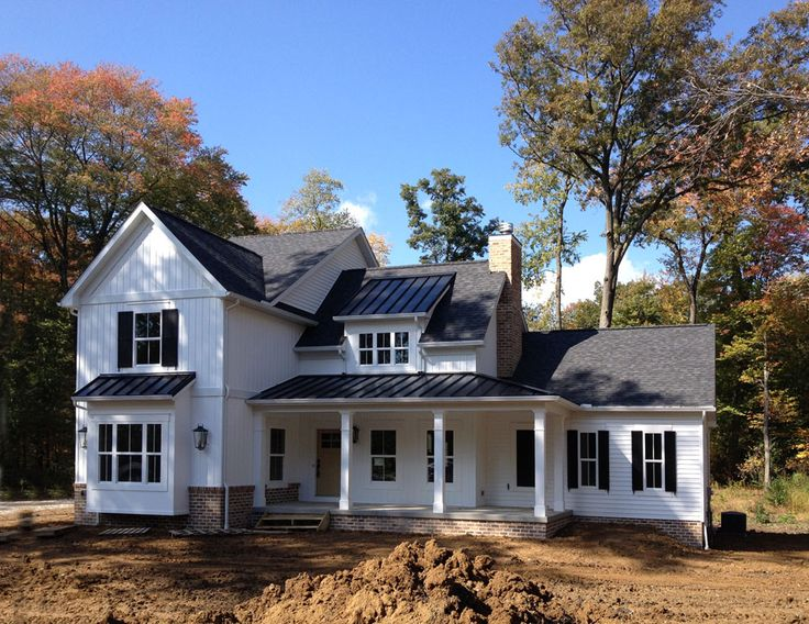 combination of black metal and shingle roofs (maybe more cost effective than all black or grey metal) #modernfarmhouse