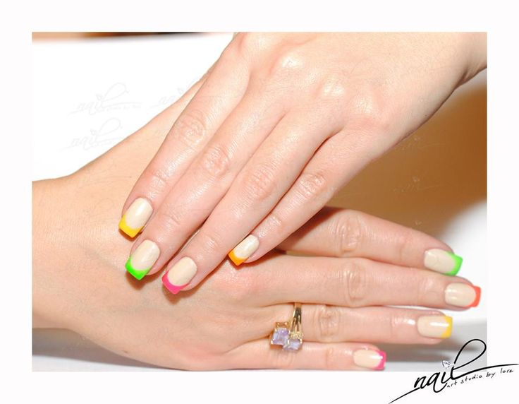 nails nail art chrome neon french trend 2015 manicure