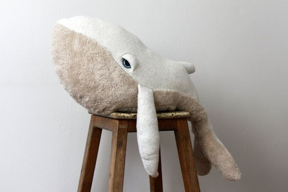 Lesgrands doudous de Big Stuffed  https://www.etsy.com/fr/shop/BigStuffed?ref=l2-shopheader-name#
