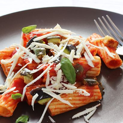 It's Meatless Monday all over again, and it will taste so much better with this Italian vegetarianrecipe : Pasta alla Norma! Pasta alla Norma is the original name given to this special Sicilian di...