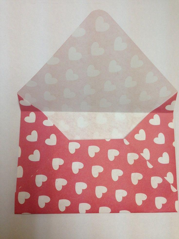 子供のバザー用 子供たちがバザーで買う10円バザーの商品です。 余った折り紙とシールで可愛く封筒を作成