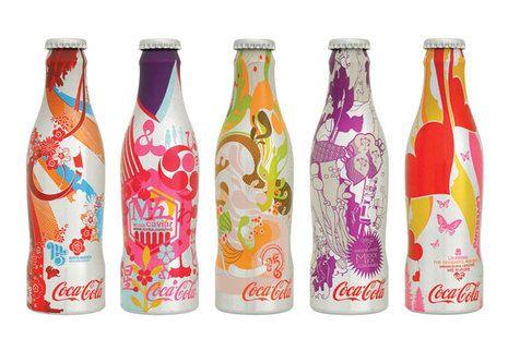 Pretty Awesome: Bouteil Coca Cola, Coca Cola Collection, Coca Cola Inédit, Design Galleries, Graphics Design, Coke, Coca Cola Bottle, Cocacola Mania3, Bottle Design