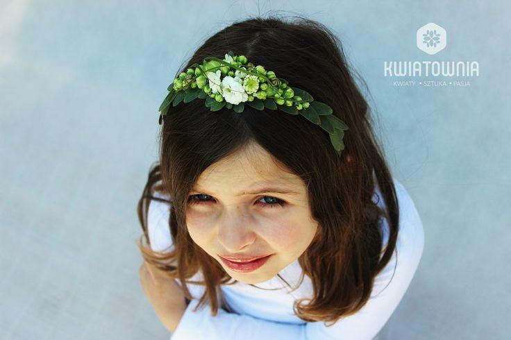 #kwiatownia #wreath #kids #beauty #facetagram #weeding #slub #bride #bridesmaid #decor #decorations #white #head #jewellery #flowers #love #instagram #flowersoftheday #kwiatownia #floral #florystyka