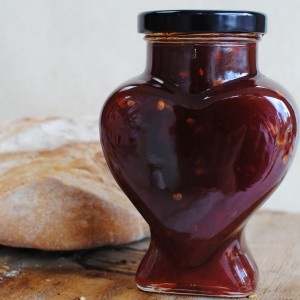 Tracklements' Chilli Jam Heart 350g