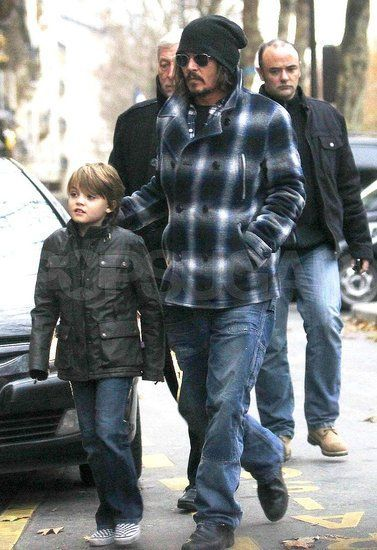 Johnny Depp with his son Jack. ♥ Like my pins? Pls share and visit my celebrity site at www.celebritysize... ♥ #celebritysizes #johnny #depp