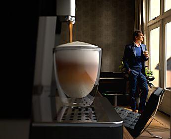 Sei un'amante del caffè? Ottieni il massimo dell'aroma grazie alle macine in ceramica.