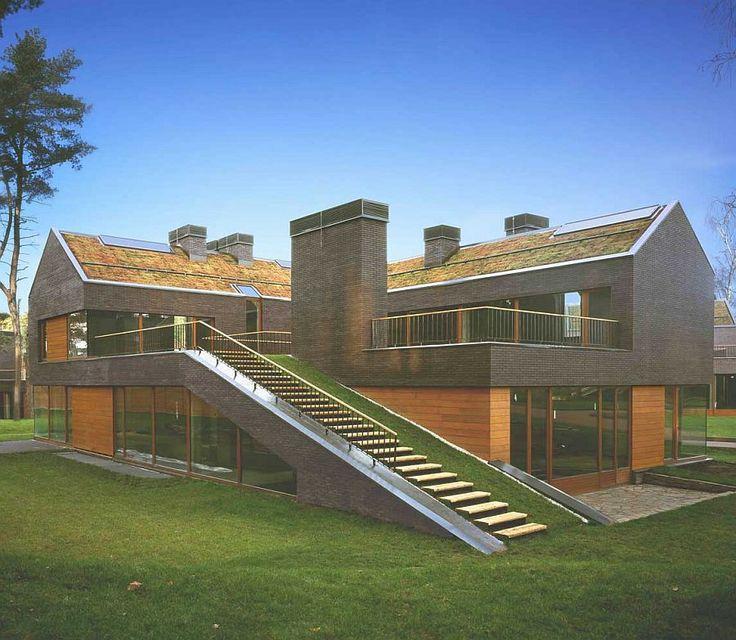 Contemporary Homes That Showcase Russian Architecture www.bocadolobo.com #bocadolobo #luxuryfurniture #interiodesign #designideas