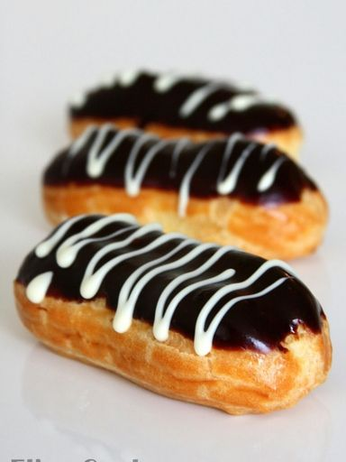 Eclairs au chocolat (rapide) : Recette d'Eclairs au chocolat (rapide) - Marmiton