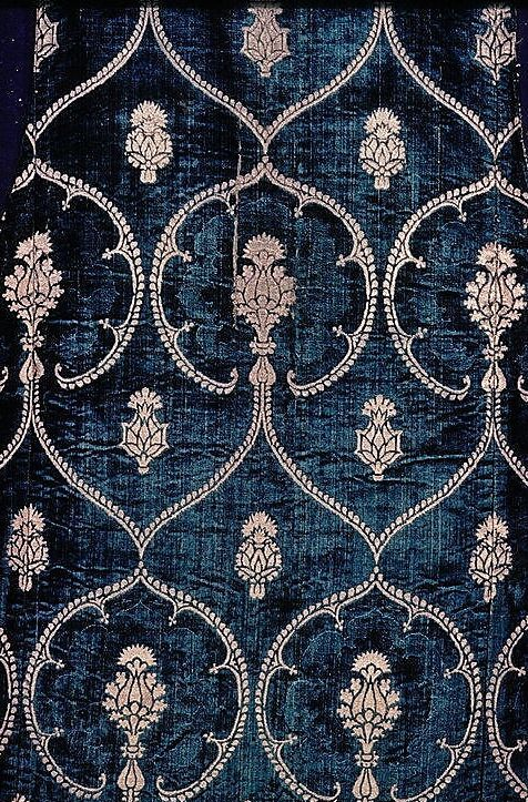 15th century velvet, Italy