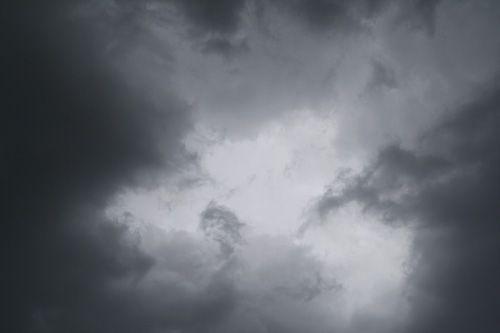 Free Textures - 25 High-Res Storm Cloud Textures | Think Design