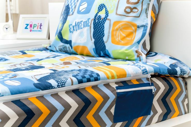 All Zipit Bedding Sets feature a side Zippered pocket to