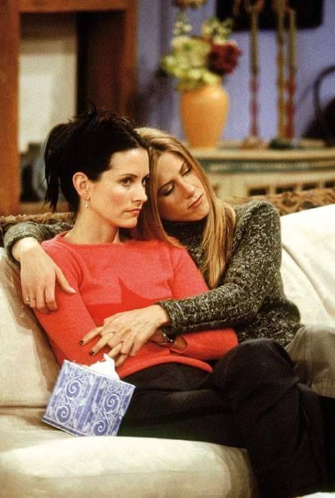 Courtney Cox & Jennifer Aniston, as a Monica and Rachel in the Friends show ~ Courtney Cox ~ 's photo, Facefook