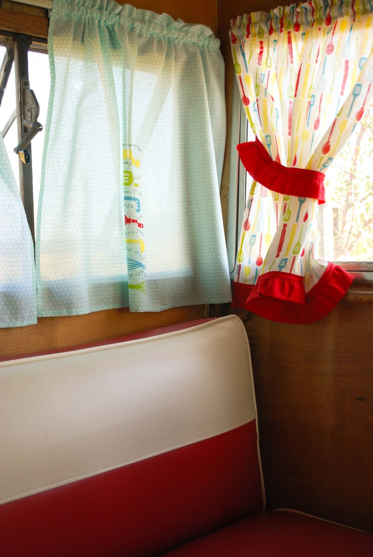 Retro camper curtains - Curtains Sewn From Tea Towels My Shasta S Interior Vintage Campers