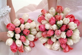 Bouquet Bridal: White and Pink Tulips