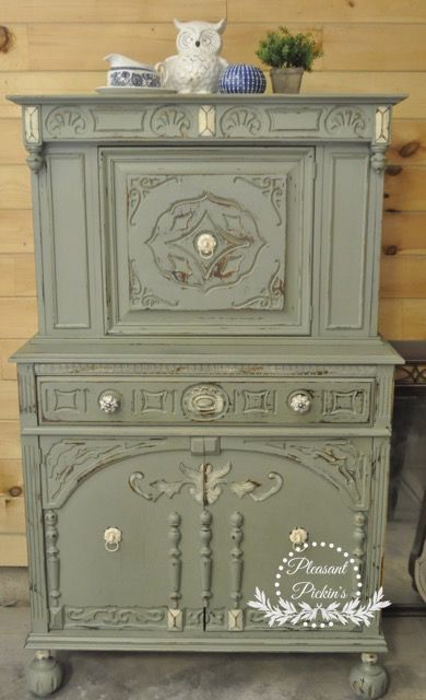custom mix of annie sloan olive green and duck egg blue 50 50 with old white highlights. Black Bedroom Furniture Sets. Home Design Ideas
