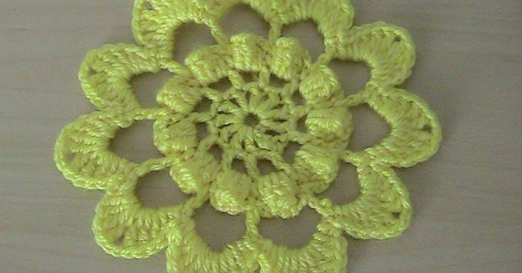 Örgü çiçek motifi yapımı videomuz hazır.Tığ işi örgü olarak yapılan bu modelimizi beğeneceğinizi umuyorum.Ayrıntılı olarak hızlandırmadan örgü yapımı gösteri...