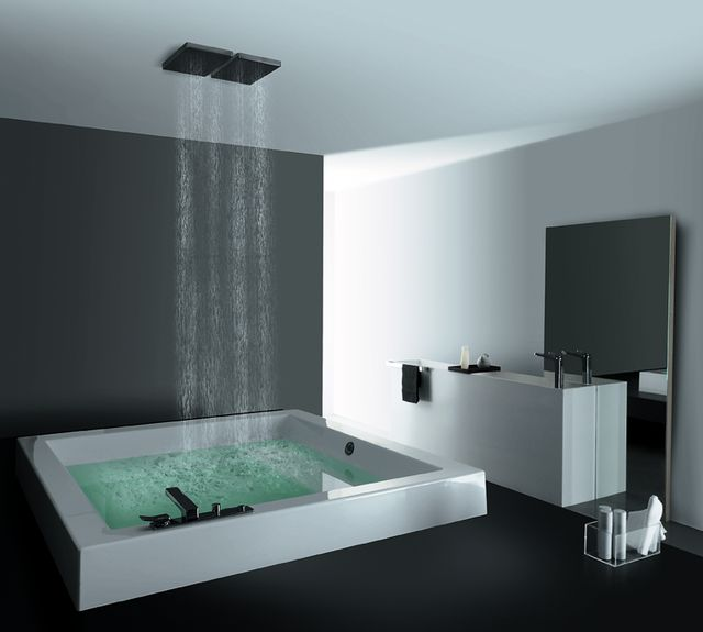 So I would never have something so bachelor-pad-ish but I want to be in that tub RIGHT NOW!