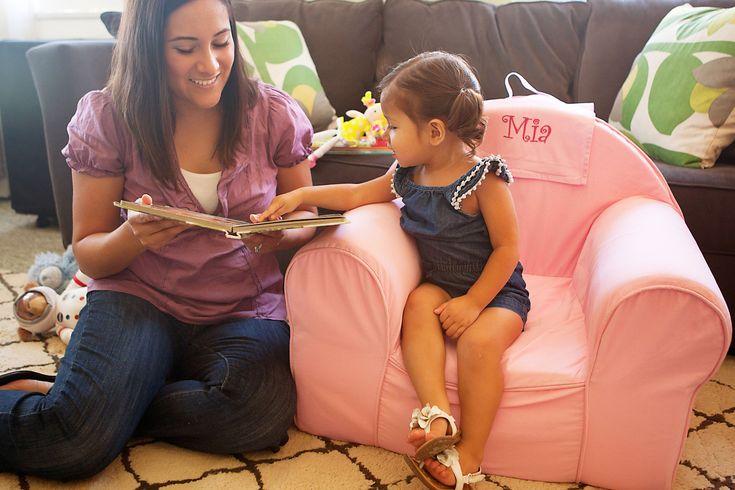 """""""Les résultats de l'étude montrent clairement que plus les livres sont significatifs dans la vie du jeune enfant, mieux cet enfant sera préparé pour apprendre à lire lorsqu'il commencera l'école."""""""