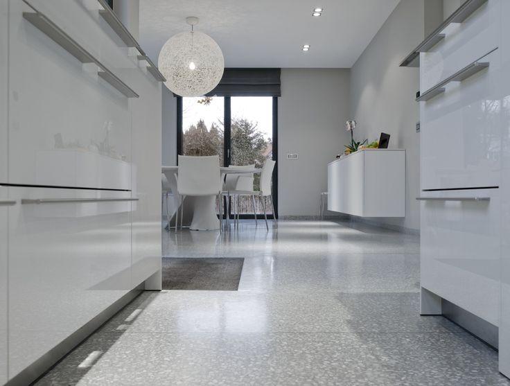 Good illumina amplia e rende arioso lo spazio il bianco un colore with colori per la casa interno - Colori per interno ...