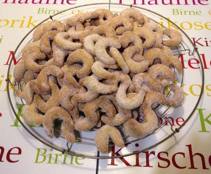 Rezept Vanillekipferl nach Familienrezept von Zumbabine1983 - Rezept der Kategorie Backen süß