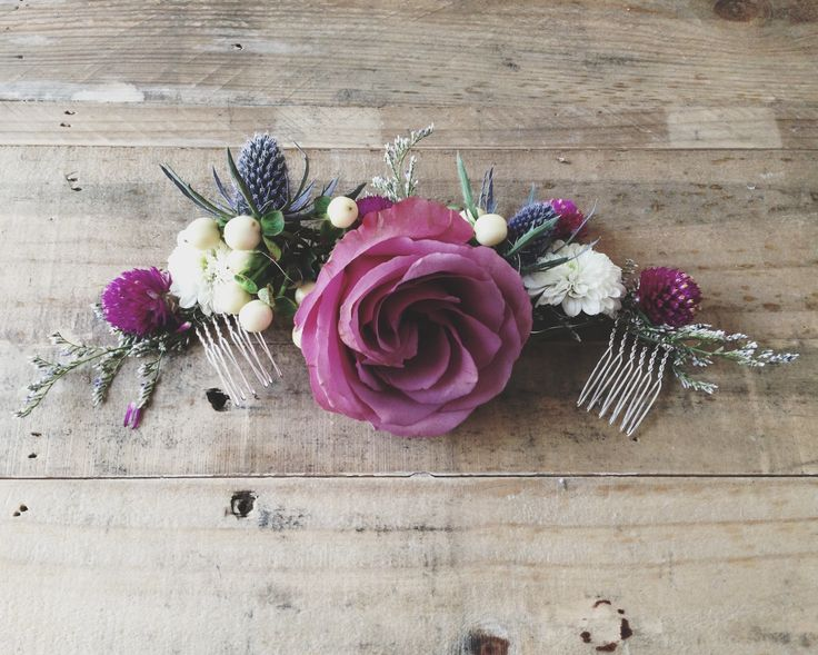 A beautiful floral half crown that fastens to your head with combs. Wear it on the crown of your head or even below or above a bun. Either way it's simply gorgeous.