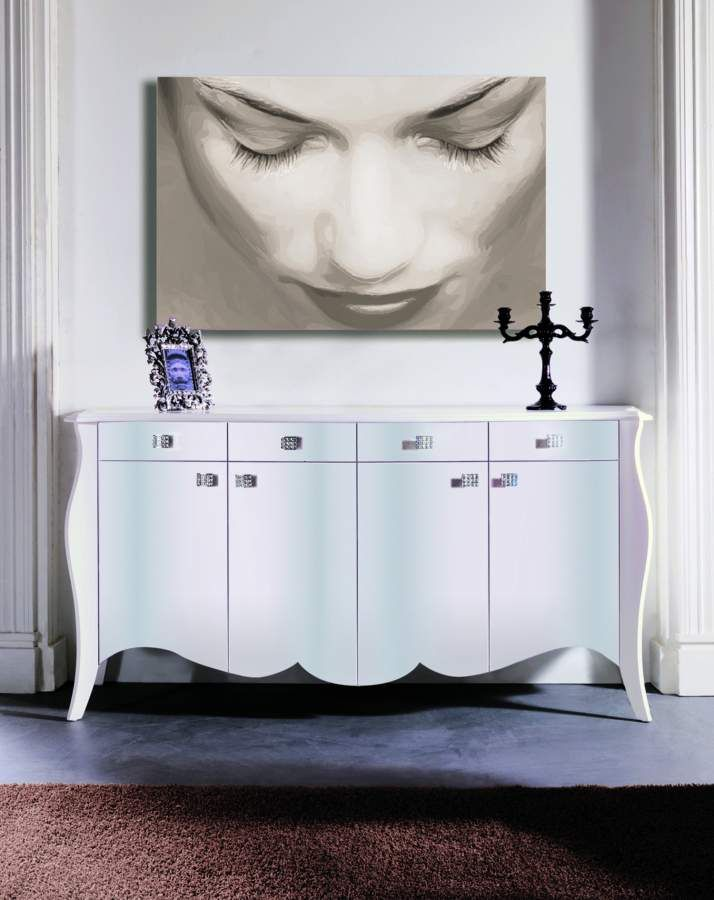 Wooden cupboard Cleo with Swarovski crystals | milanomondo