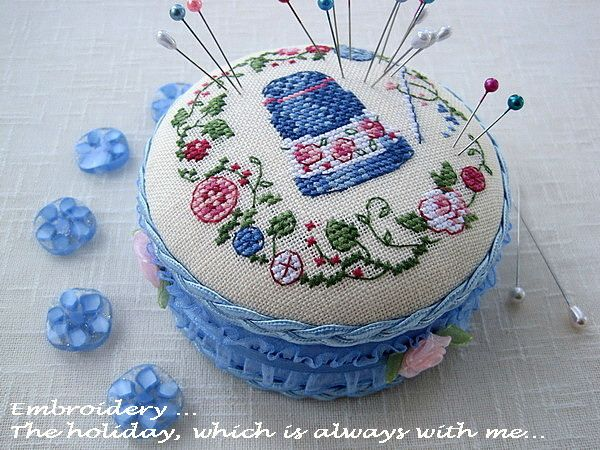 Embroidery ... The holiday, which is always with me...: Игольница «Je classe» (Veronique Enginger)