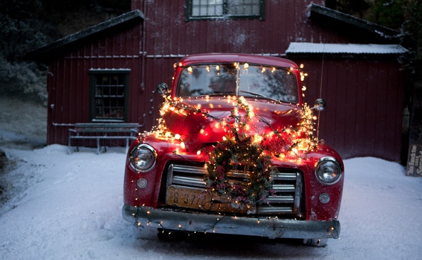 unusual ways to decorate for the holidays anything red pinterest cars blog page and christmas. Black Bedroom Furniture Sets. Home Design Ideas