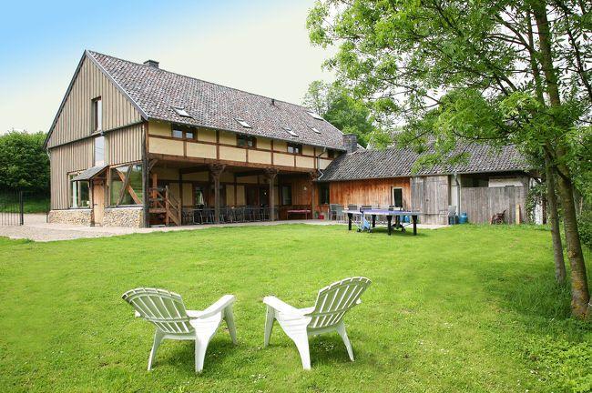 Beaujean Vacances — vakantiehuis Sippenaeken - Omgeving Voerstreek voor 25 personen // 8 slpk + 3 badkamers