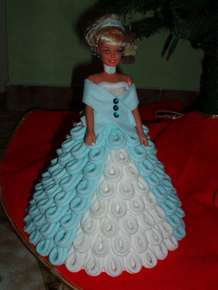 barbi  de papel higienico | Los Vestidos Estas Munecas Estan Hechas Con Papel Higienico